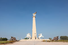 Statue with falcon and horses Royalty Free Stock Photography