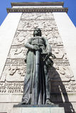 Statue femelle devant la cour de Porto (le tribunal DA Relacao font Porto) à Porto - au Portugal image libre de droits