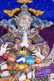 Statue géante de littérature thaïlandaise à décorer sur l'église bouddhiste photo stock