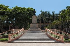 The statue of General Cepeda Peraza in the park Hidalgo, Merida, Mexico stock photography