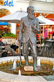 Statue of George Bernard Shaw. Image of george bernard shaw sculpture in NIagara on the lake ONtario Canda Stock Photography