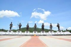 7 statue giganti di re, statue di re tailandesi famosi in Rajabhakti parcheggiano Immagini Stock Libere da Diritti