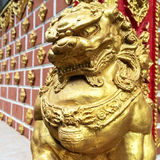 Statue of golden lion Royalty Free Stock Photography