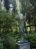 Statue im Garten des Achillieon-Palastes auf der Insel von Korfu Griechenland errichtet von der Kaiserin Elizabeth von Österreich Stockfoto