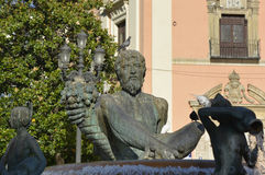 Statue im Jungfrau-Quadrat, Valencia, Spanien Stockbilder