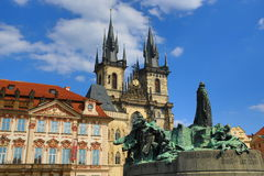 Statue Jan Hus, st. Tyn, Galerie, Old Towen Square, Prague, Czech Republic Stock Photo