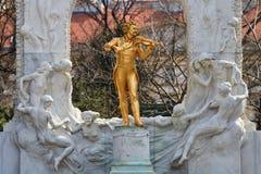 Statue Johann-Strauss stockbilder