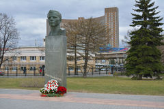 Statue of Juriy Gagarin next to the Space museum. MOSCOW/RUSSIAN FEDERATION - APRIL 14 2015: statue of Juriy Gagarin next to the Space museum stock images