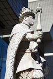 Statue of King Edward VI at St. Thomas's Hospital in London Stock Photos