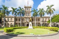 Statue of King Kamehameha in front of Aliiolani Hale. In Honolulu, Hawaii, USA Stock Image