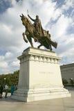 Statue Kreuzfahrer-Königs Louis IX vor dem Heiligen Louis Art Museum in Forest Park, St. Louis, Missouri Lizenzfreies Stockfoto