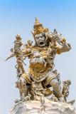 Statue Kumbakarna Laga in Pura Uluwatu-Tempel, Bali, Indonesien Lizenzfreie Stockfotografie