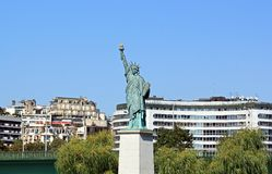 Statue of Liberty  (Paris France) , island of the swan Stock Images