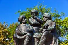 Statue mit drei Salbei in Istanbul die Türkei Stockbilder