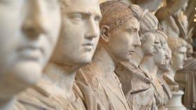 Statue nei musei del Vaticano a Roma archivi video