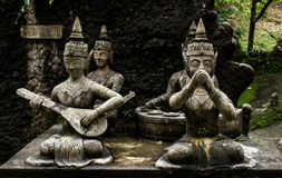 Statue nel giardino segreto di Buddha La Tailandia, Koh Samui immagini stock