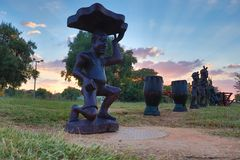 Statue nel tramonto fotografia stock libera da diritti