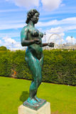 Statue nue de femmes - Paris Photos stock