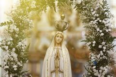 Free Statue Of The Image Of Our Lady Of Fatima Royalty Free Stock Images - 182355919
