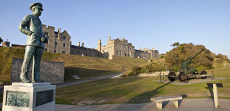 Statue, Officers Mess and WW2 Artillery at Dover. Castle Stock Photos
