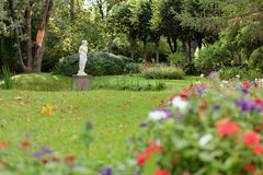 Statue in the park Royalty Free Stock Photo