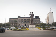 Statue of president Samora of Mozambique with town hall. In Maputo, the capital of Mozambique Stock Images