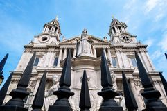 Statue of Queen Anne outside St Paul`s Cathedral, London. LONDON, ENGLAND - JUNE 10, 2017 - Statue of Queen Anne outside St Paul`s Cathedral, London royalty free stock photos