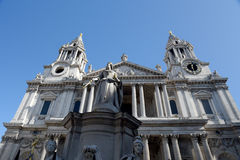 Statue of Queen Victoria in front of Saint Pauls Cathedral Royalty Free Stock Photo