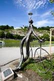 Statue Radfahrer/Radfahrer in Salzburg Lizenzfreie Stockfotos