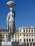 Statue at schonbrunn gardens Royalty Free Stock Photography