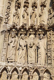Statue a sinistra del portale del vergine, cattedrale di Notre Dame Fotografie Stock Libere da Diritti