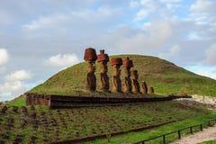 Statue su Isla de Pascua Rapa Nui Isola di pasqua Threesome Fotografie Stock