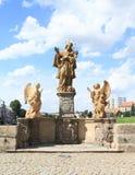 Statue sul ponte di pietra in Pisek Immagini Stock Libere da Diritti