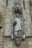 Statue sur hôtel de ville, Stadhuis, Bruges Photos libres de droits