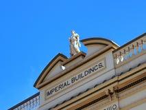 Statue sur le bâtiment historique, jonction de Bondi, Sydney, Australie Photos libres de droits
