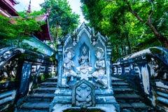 Statue thaïlandaise d'ange de style dans le temple d'Analyo Thipayaram image libre de droits