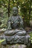 Statue Tokyos, Japan - Buddha-im Garten des Nezu-Museums Lizenzfreies Stockbild