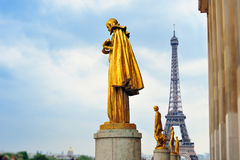 Statue on Trocadero Royalty Free Stock Images