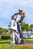 Statue Unconditional surrender by Seward Johnson. SARASOTA, USA - JULY 25: statue Unconditional surrender by Seward Johnson from 2006 show a sailor and a nurse Royalty Free Stock Photos