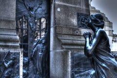 Statue unserer Dame, die reflektiert wird Stockbilder