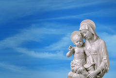 Statue of Virgin Mary and Jesus Royalty Free Stock Photography