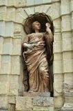 Statue von Athene in der Nische von Peters Tor in Peter- und Paul-Festung in St Petersburg, Russland Lizenzfreies Stockbild
