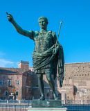 Statue von Caesar in Rom Stockfoto