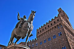 Statue von Cosimo I de Medici, Florenz, Italien Lizenzfreie Stockfotos
