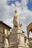 Statue von Durante-degli Alighieri, auch genannt Dante, Adler, 4 M Lizenzfreies Stockfoto