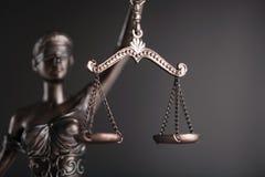 Statue von Gerechtigkeit stockbild