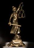 Statue von Gerechtigkeit, Gesetzeskonzept, Stockfoto
