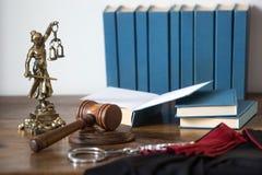 Statue von Gerechtigkeit, Gesetzeskonzept, Lizenzfreie Stockfotografie