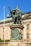Statue von guastavo erici vor riddarhuset lizenzfreie stockbilder