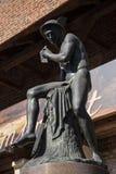 Statue von Hermes oder von Mercury durch das Florian Gate-Teil der Verstärkungen von Krakau, die jetzt in der Stadt bleiben Stockbild